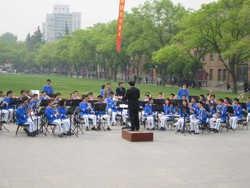 军乐队演奏